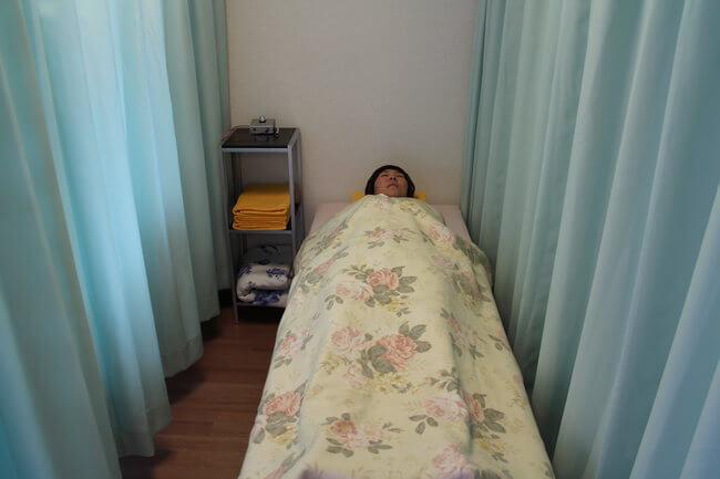 札幌整体腰痛・肩こり治療院 谷井治療室 気功画像